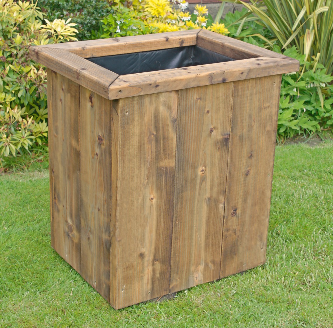 Deep rustic large wooden planter 750 tall for Wooden planters how to make